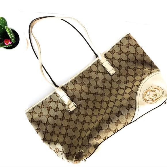 9e4b7d978411 Gucci Bags | Authentic Monogram Tote | Poshmark